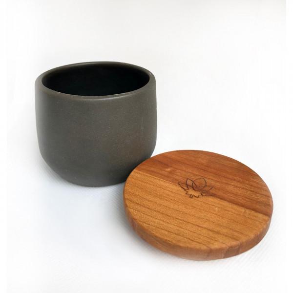 Kanura jar - black Maitri - 2