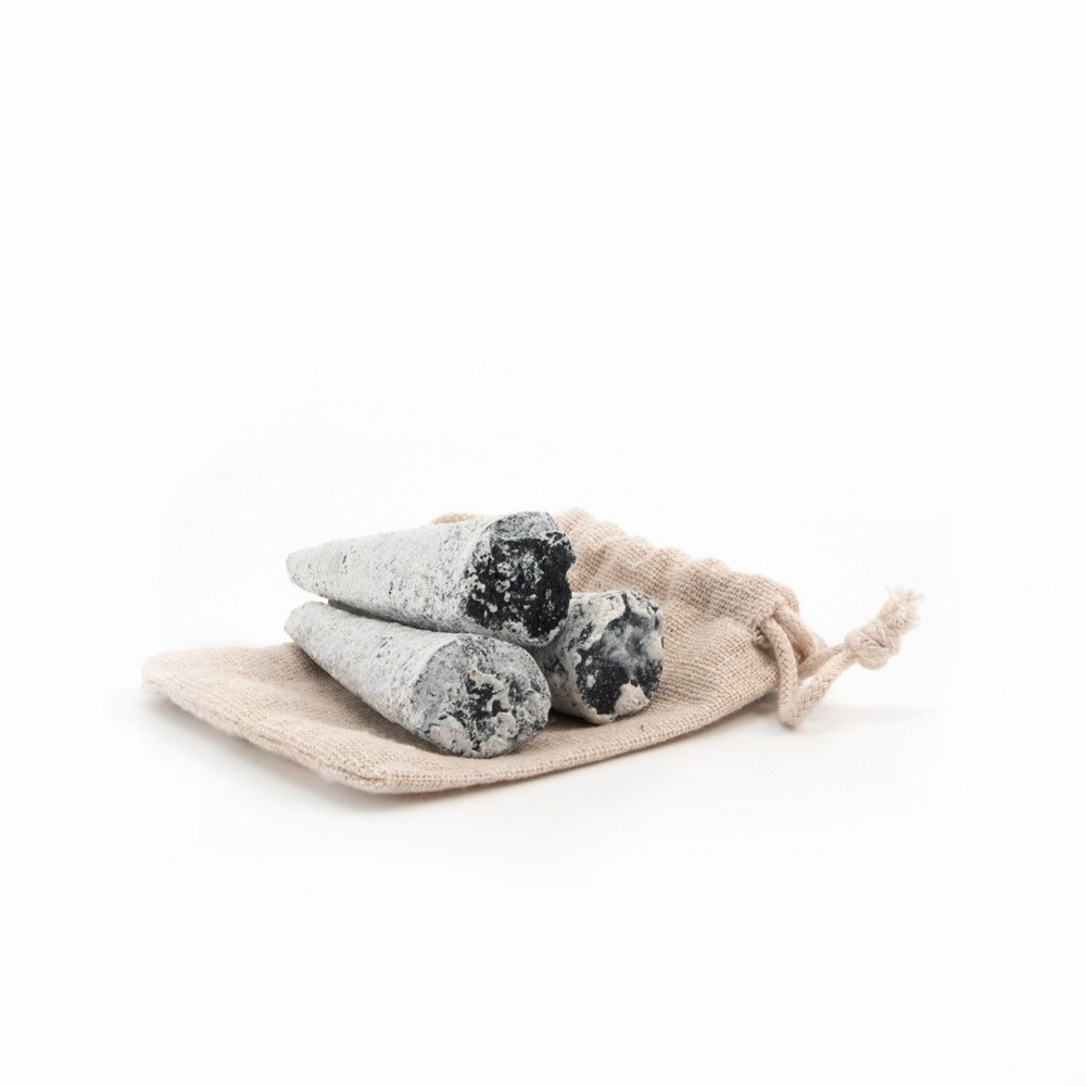 Handmade copal incense cones Wild Harvest Botanicals - 1