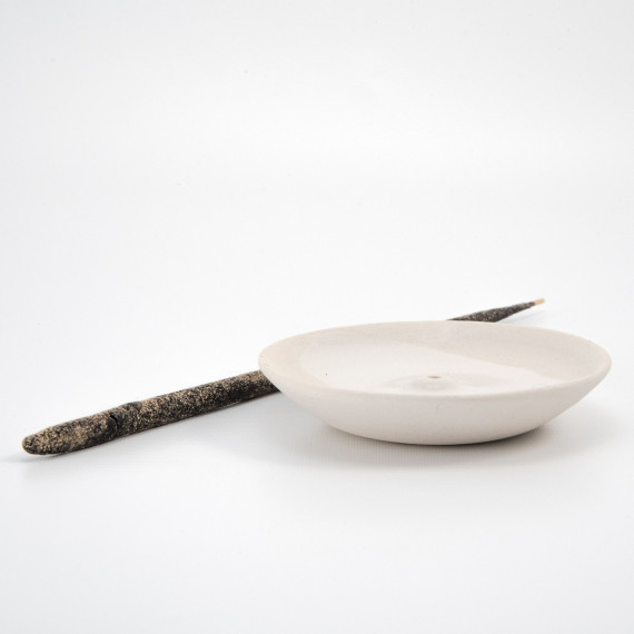 Ceramic incense holder - white Wild Harvest Botanicals - 4